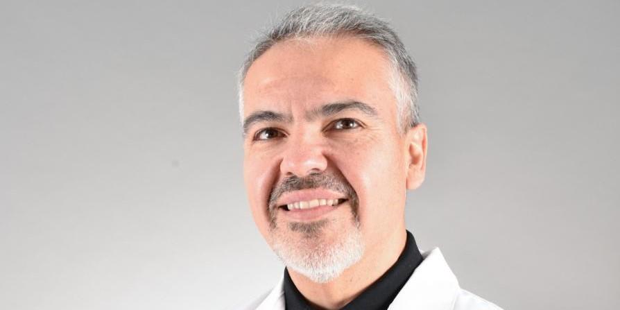 Dr. Freddy Squella - GASTROENTEROLOGÍA ADULTO